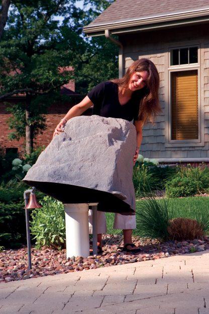 DekoRRa Mock Rock Model 102 Fake Rock Cover